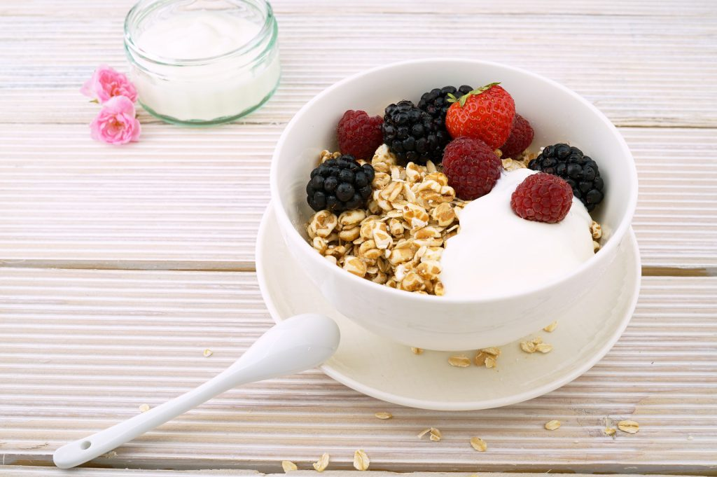 איך להשיג ויטמינים ממאכלים שונים