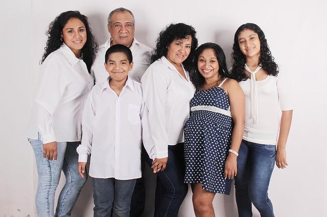 לא רק בפורים - 5 סיבות טובות לצילומים משפחתיים