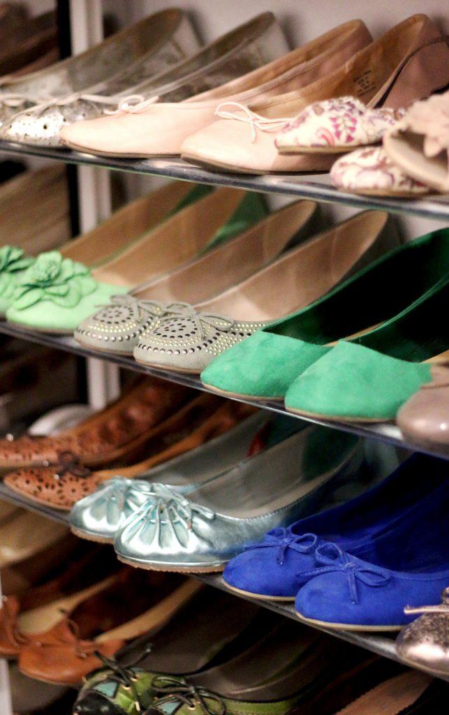 עושים סדר פתרונות אחסון יעילים לנעליים