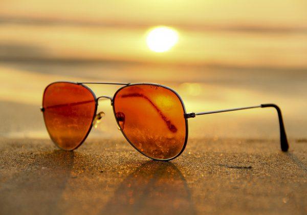 מתי הזמן הנכון לקנות משקפי שמש?