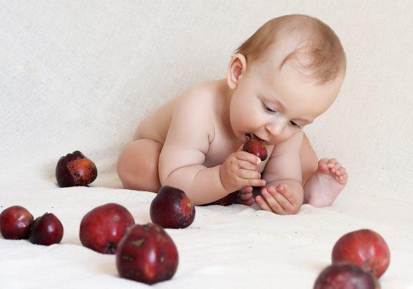 תזונה נכונה לתינוק: מתי מתחילים בגמילה לתינוקות?