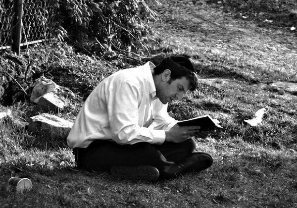 האם ללמוד תואר כשומר מסורת שונה מחילוני?